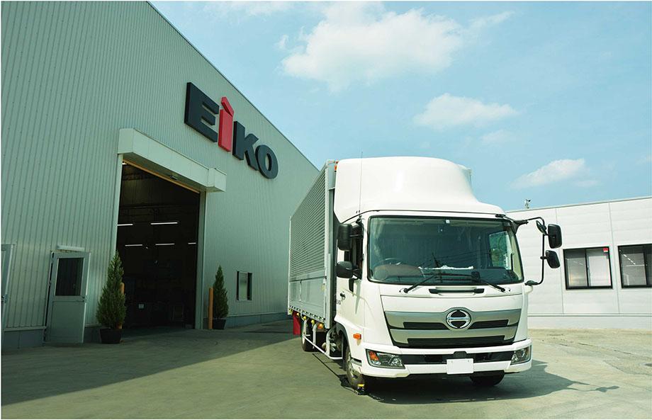 株式会社エーコー外観とトラック